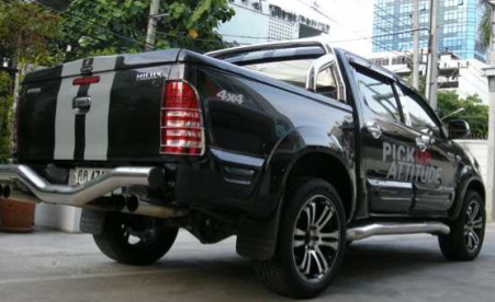 toyota hilux accessoires pickup. Black Bedroom Furniture Sets. Home Design Ideas